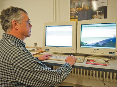 Arbeit am modernen Seismometer